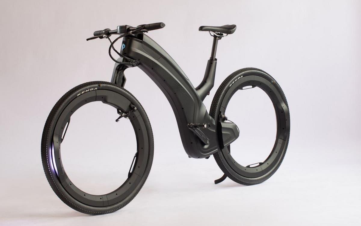 O futuro está agora com a bicicleta elétrica Reevo Hubbles. FOTO: Designboom