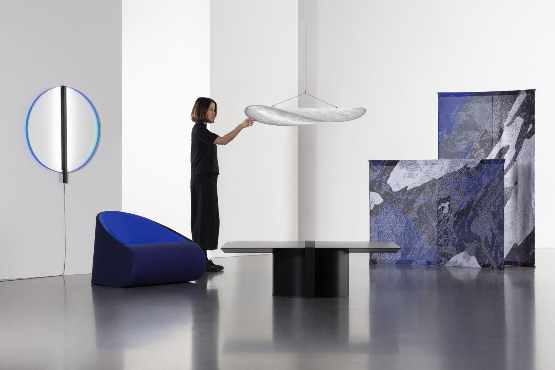 Tense एक संग्रह है जो गतिशीलता और आधुनिकता को व्यक्त करना चाहता है। फोटो: pantertourron.com