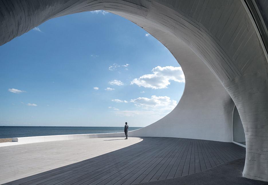 UCCA 듄 미술관, 실험적인 건축물에 대한 찬사. 사진 : UCCA 듄 미술관