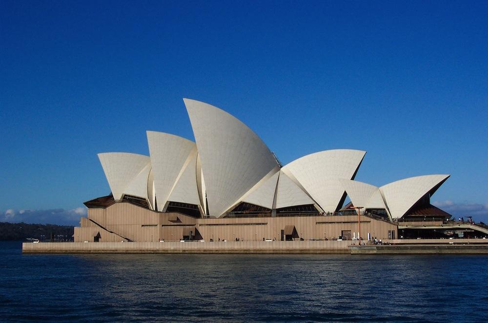 A Sydney Operaház Jørn Utzon legismertebb projektje. Forrás: sydneyoperahouse.com