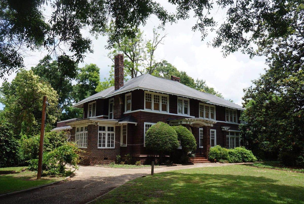 Cuatro casas con historia en las que te puedes alojar gracias a Airbnb