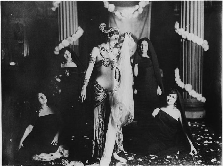 O personagem de Mata Hari se tornou popular na Europa.