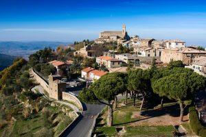 Montalcino en la Toscana