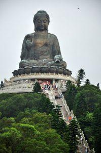De grote Boeddha van Tian dus. Foto van pinterest.com