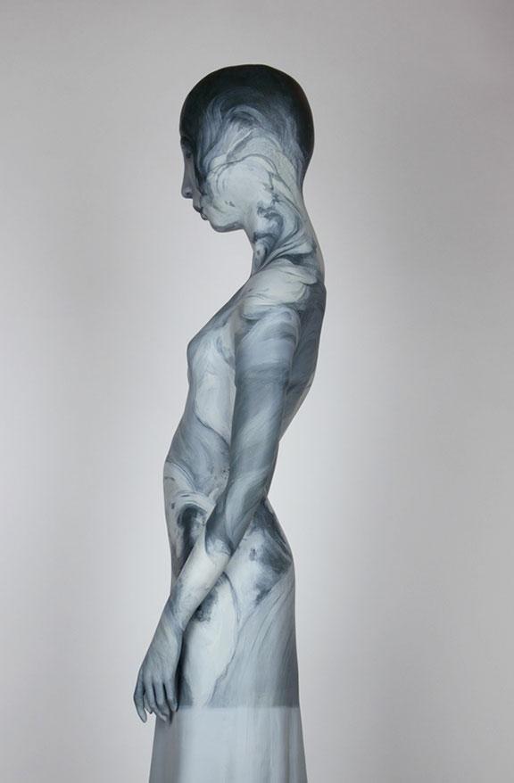 Kvinne profil silhuett med tekstur.