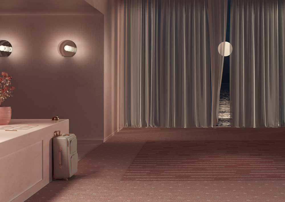 Cuarto de hotel, maleta y ventana con cortinas y luna.