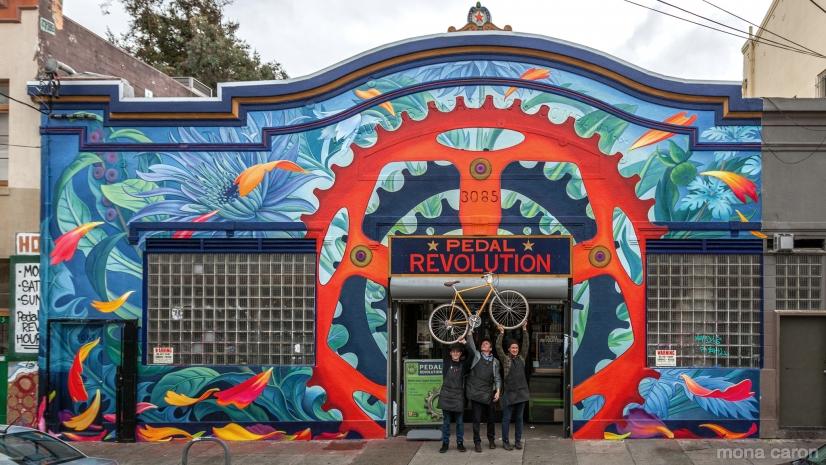 Tienda Pedal Revolution intervenida por Mona Caron