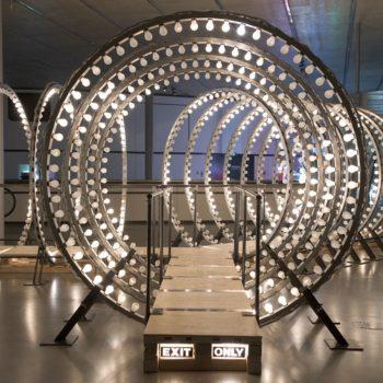 Montering av struktur av opplyste ringer