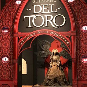 """Kunstverk fra utstillingen """"Hjemme med monster"""" av Guillermo del Toro"""