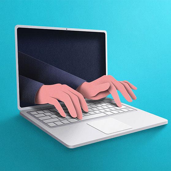 लैपटॉप स्क्रीन से निकलते हुए मिकीला बोरगिया के हाथों की छवि