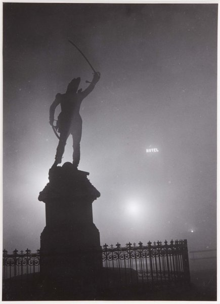 Fotografia de estatua de Brassai
