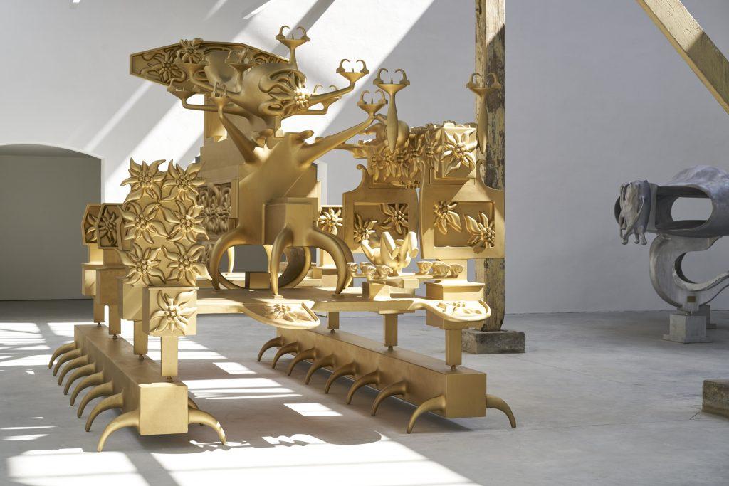 Metaal verf sculptuur