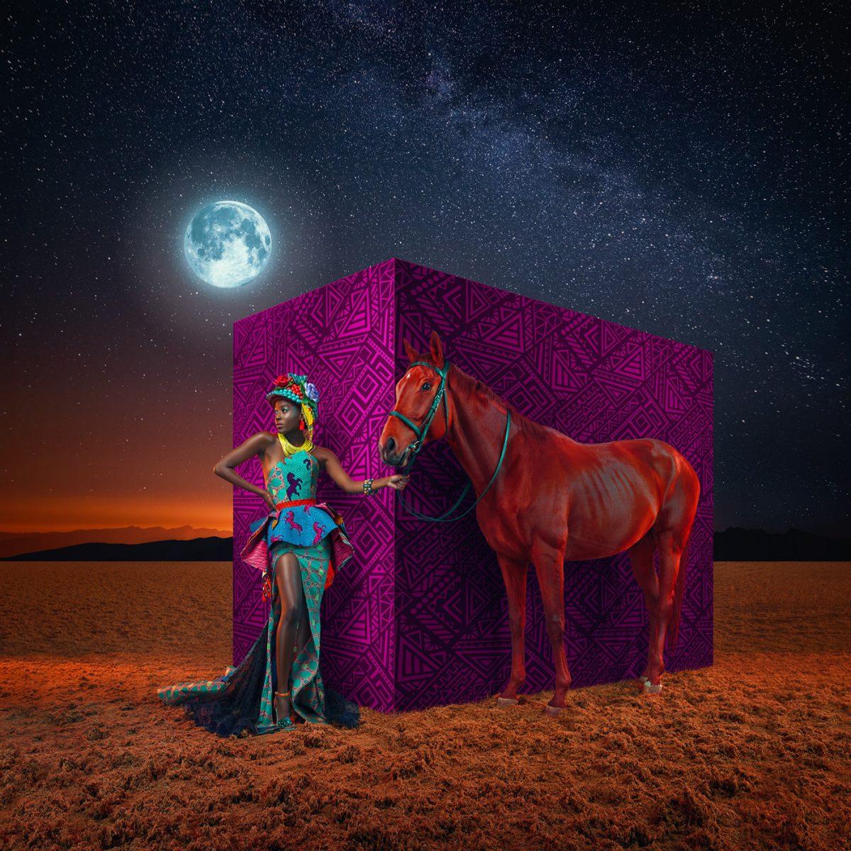 घोड़े वाला मॉडल