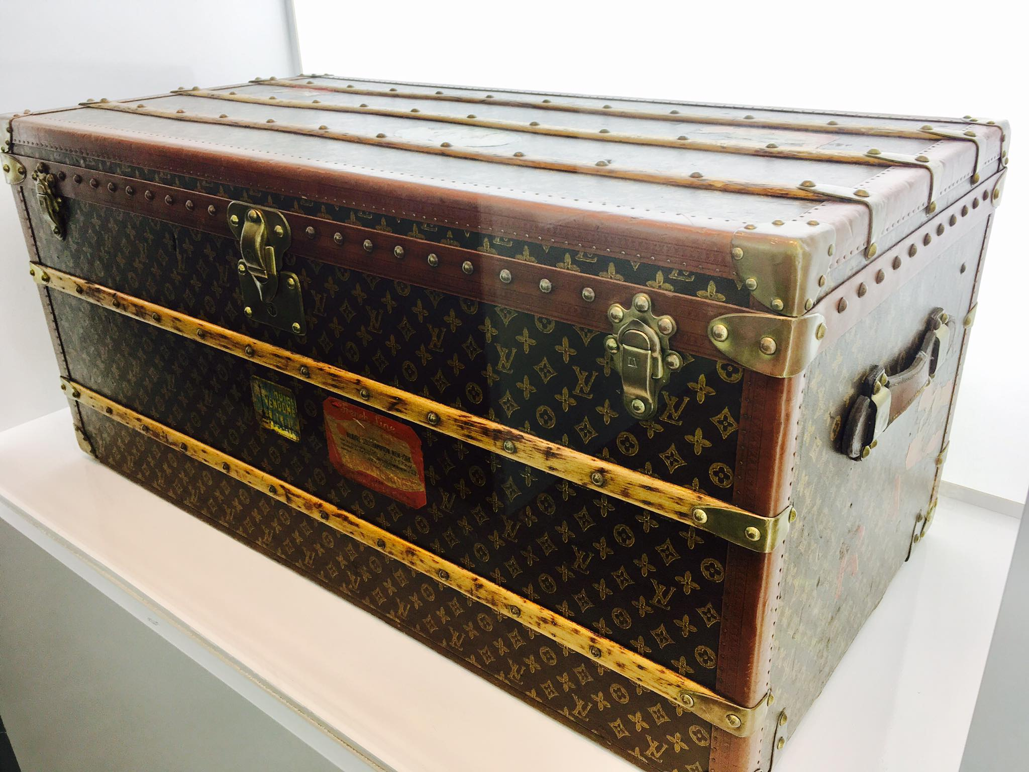 Baúl de Louis Vuitton exposición Time Capsule