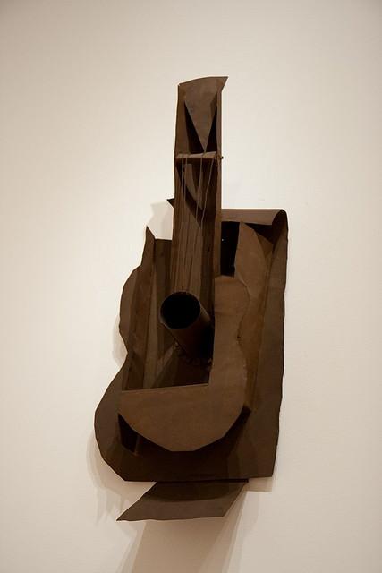 पाब्लो पिकासो द्वारा गिटार कोलाज