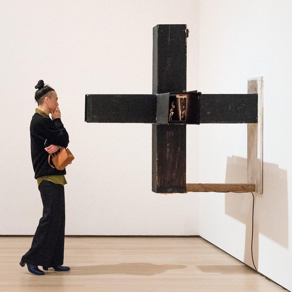 MoMA में गैलरी और प्रदर्शनियाँ