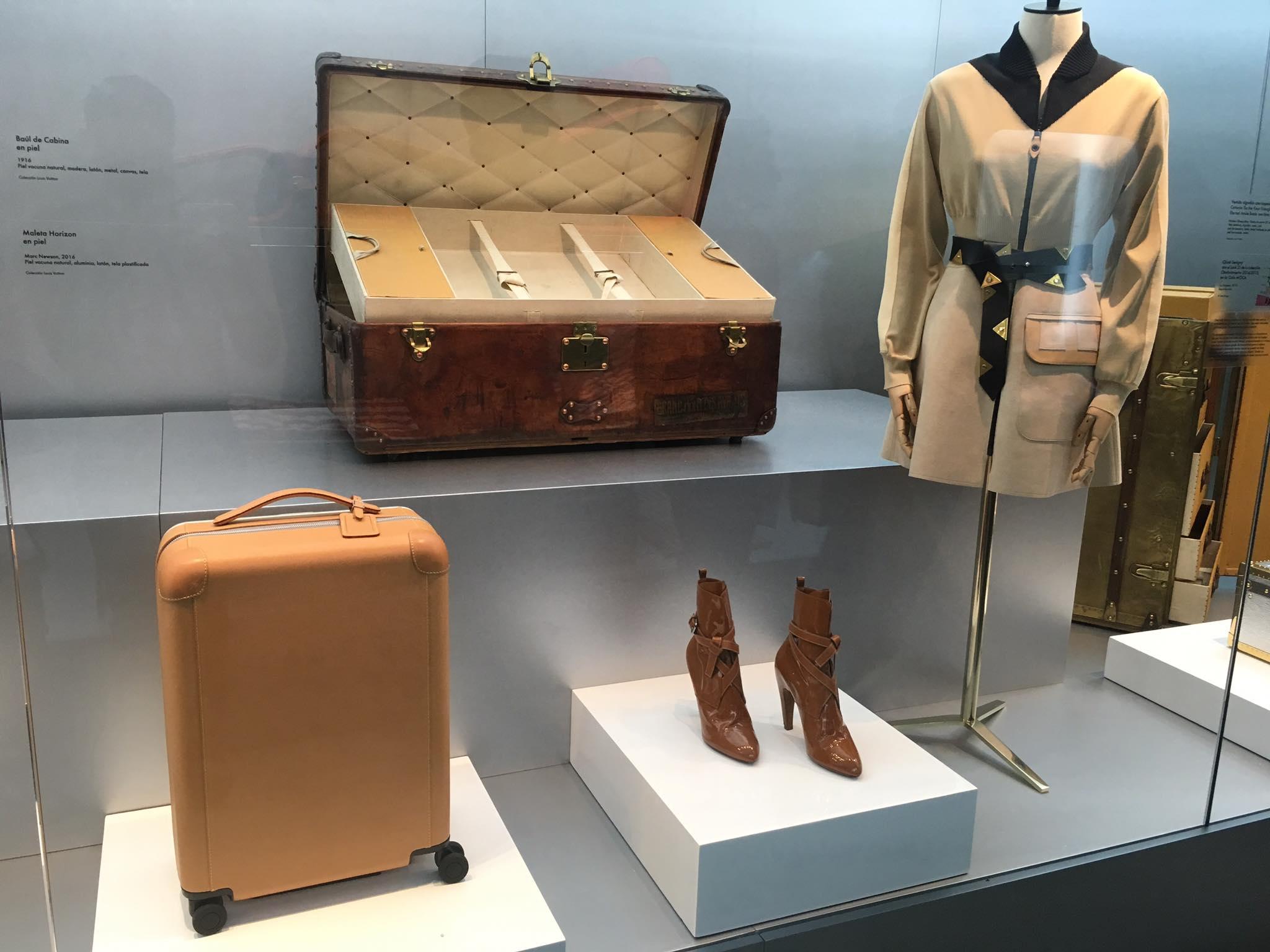 Klær Louis Vuitton utstilling Time Capsule