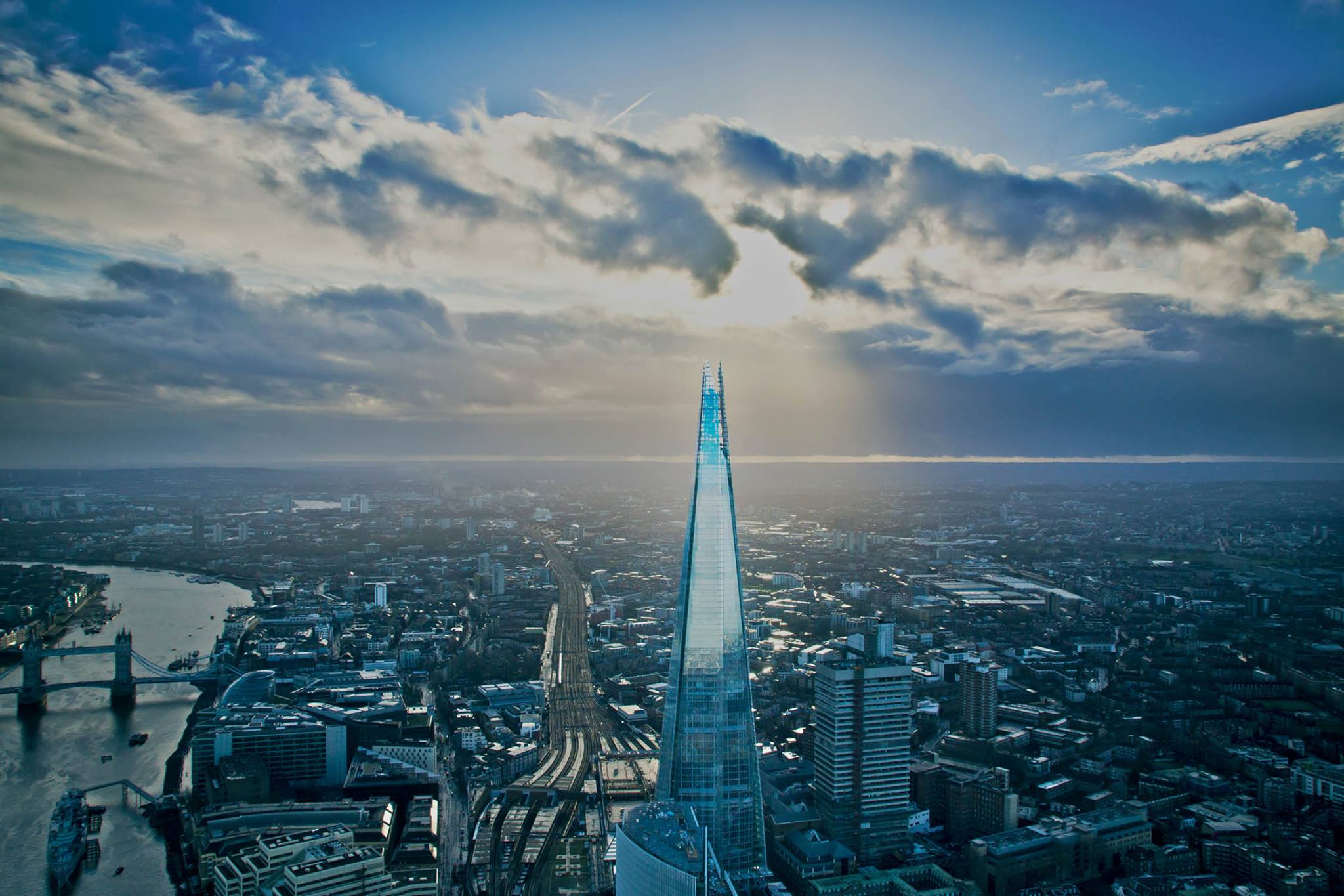 L'iconico grattacielo The Shard a Londra