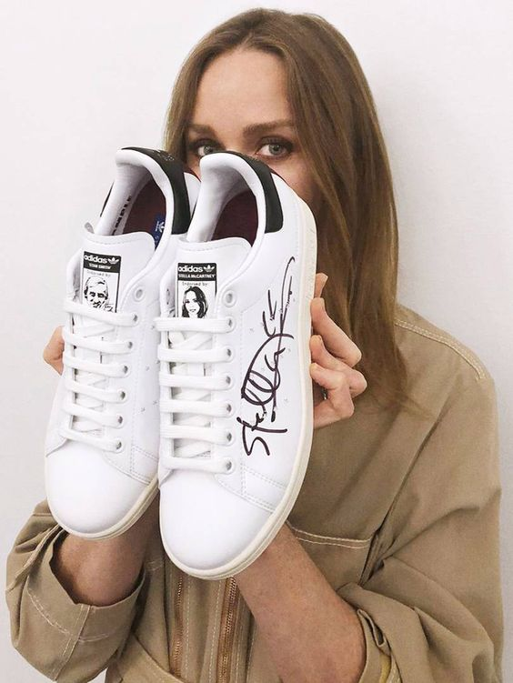 Adidas en colaboración con Stella Mc Cartney le dan un giro a los tenis Stan Smith