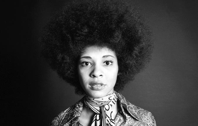 El afro de la cantante Betty Davis