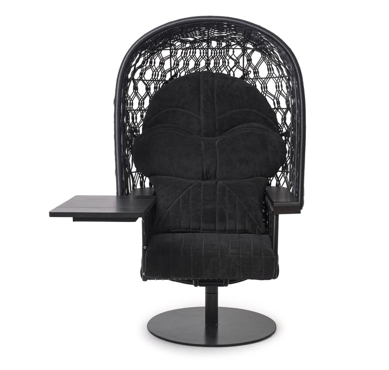 Hver detalj ble tatt vare på i samlingen av møbler laget av Kenneth Cobonpue sammen med Star Wars