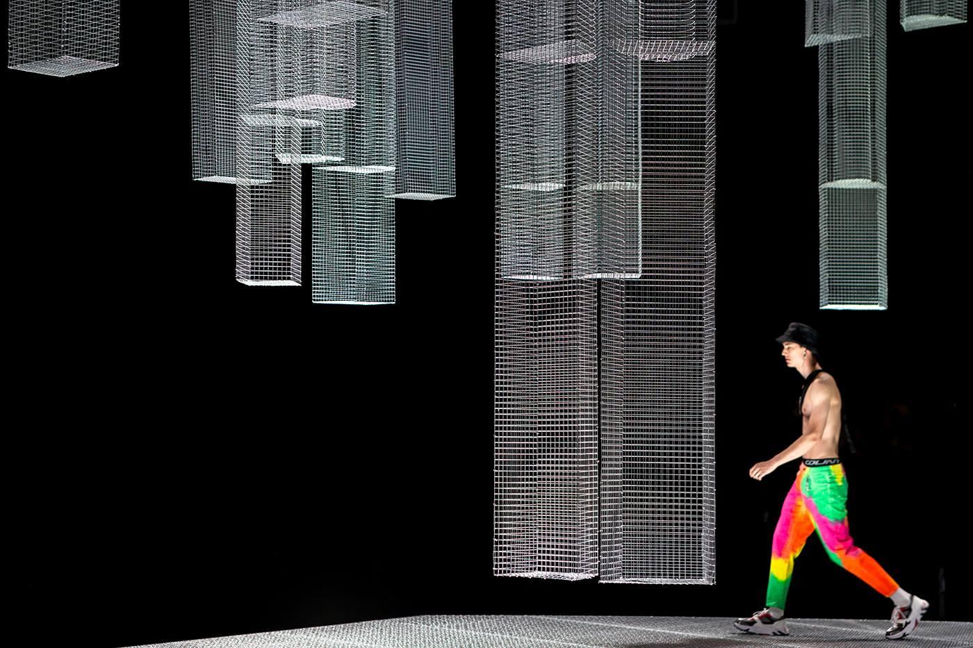 Le opere di Edoardo Tresoldi alla settimana della moda di Milano
