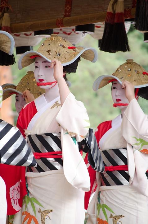 Οι ιαπωνικές παραδόσεις επηρεάστηκαν από την κινεζική μόδα