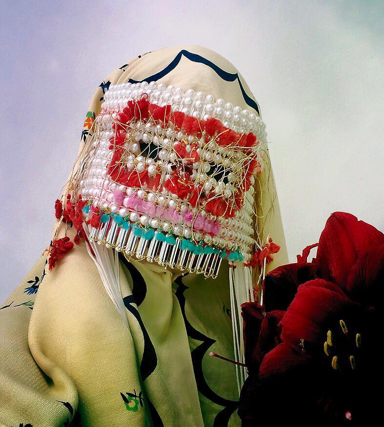La artista noruega Damselfrau y sus increíbles diseños de máscaras hechas a mano
