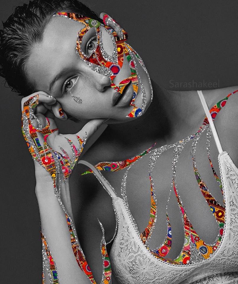 Τα κολάζ της Sara Shakeel κατέκτησαν το Instagram και τον κόσμο