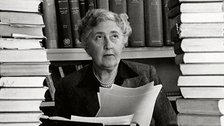 La escritora más afamada de todos los tiempos, Agatha Christie. Foto: agathachristie.com