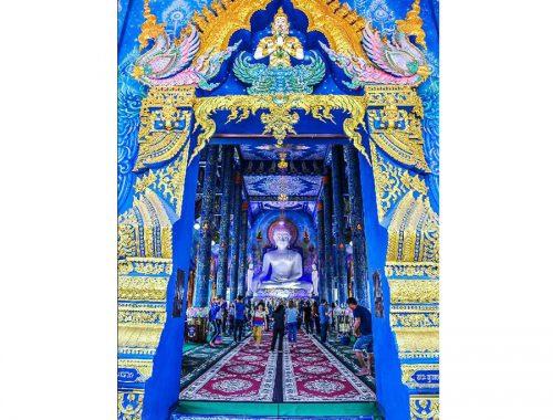च्यांग राय का नीला मंदिर। फ़ोटो द्वारा: pinterest.com