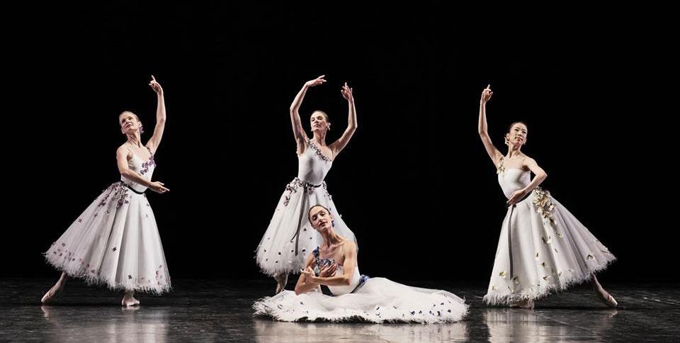 पेरिस ओपेरा बैले। फ़ोटो द्वारा: FB @ BalletdelOperadeParis