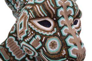 Huichol-artister. Foto av: FB @ arteyawi