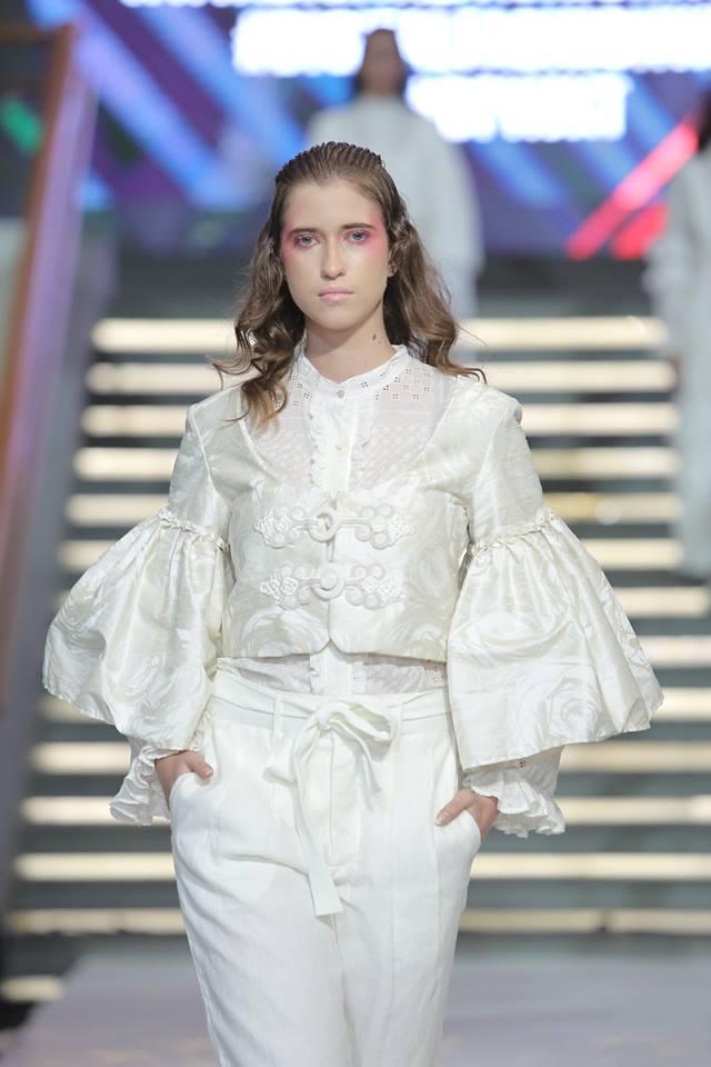 Ψηφιακή εβδομάδα μόδας Φωτογραφία από: FB @ DigitalFashionWeek