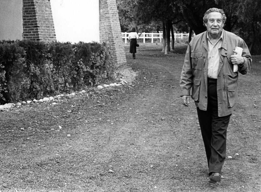 Portret van Octavio Paz