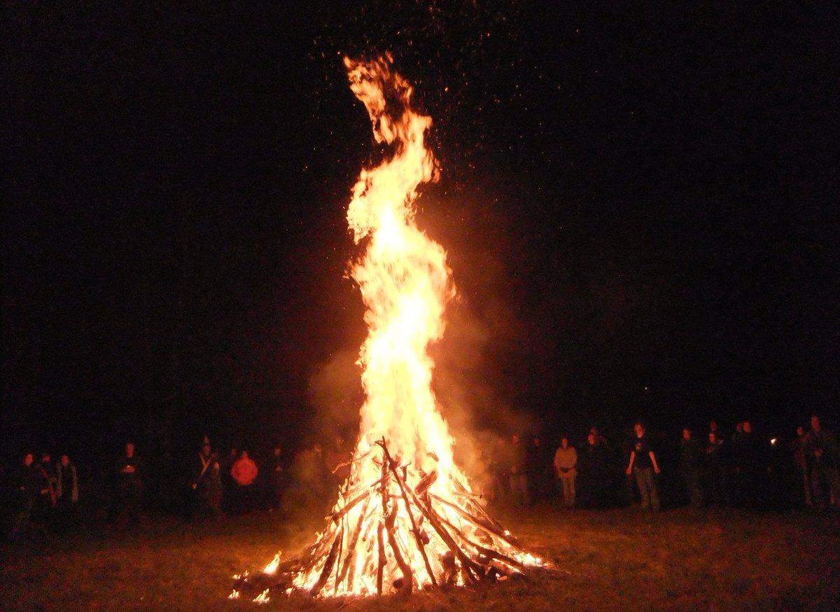 Vreugdevuur van Samhain, Ierland
