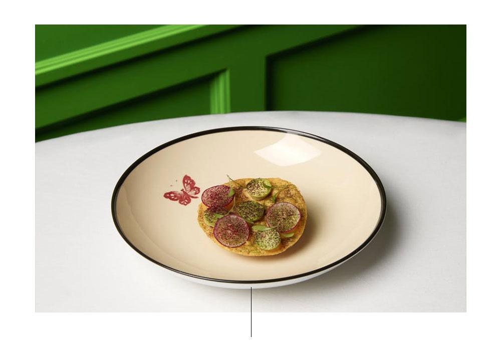 KarimeLópez設計的Gucci Osteria茶碟。 圖片:古馳(Gucci)