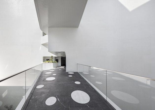 Interior del edificio Le Stella, de Jean-Pierre Lott