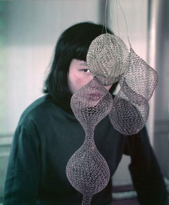 Retrato de Ruth Asawa por Imogen Cunningham