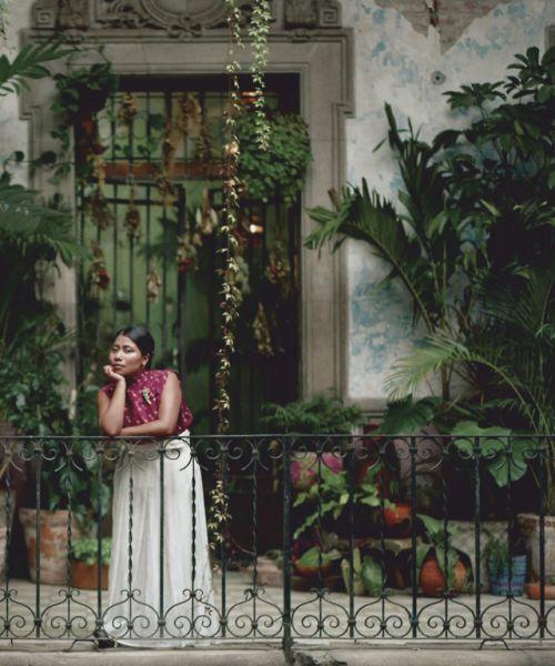 Yalitza Aparicio Foto door: pinterest.com